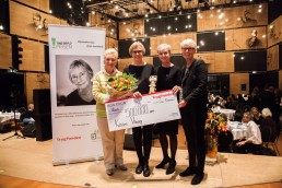 Årets Tine Bryld Prisen 2015 gik tilLisbeth Høstgaard Møller og Kvisten Viborg